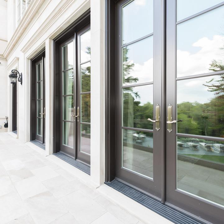 Ultra Patio Door InSwing
